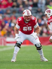 Wisconsin Badgers offensive lineman Ryan Ramczyk (65)