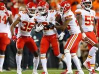 Showtime: Mahomes rallies Chiefs past Broncos, 27-23