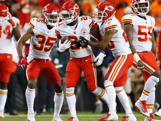 Chiefs_Broncos_Football_91481.jpg