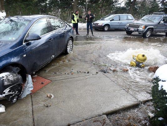 ldn-mkd-031517-fire hydrant-