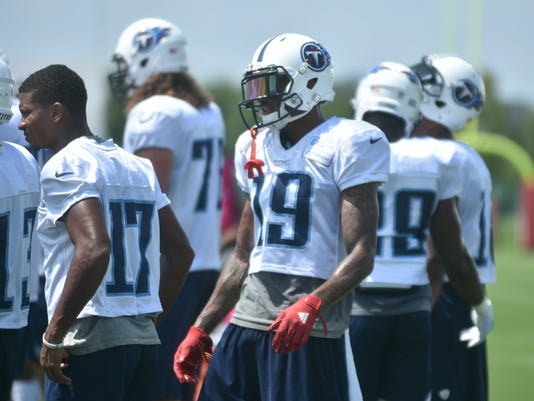 Tennessee Titans Projecting Who Makes The 53 Man Roster
