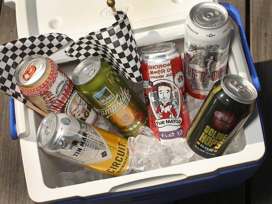 03_Canned_Beer.jpg