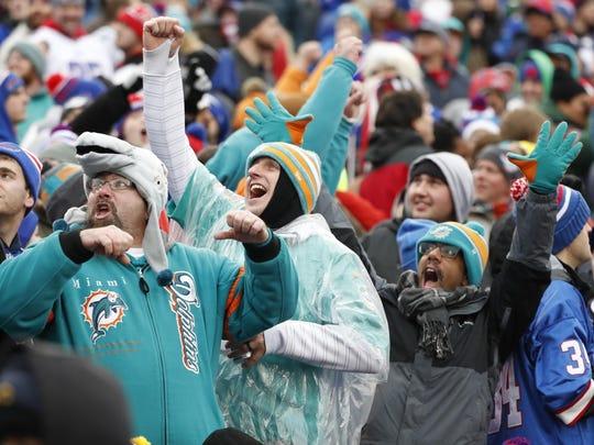 Dolphins Bills Football (3)