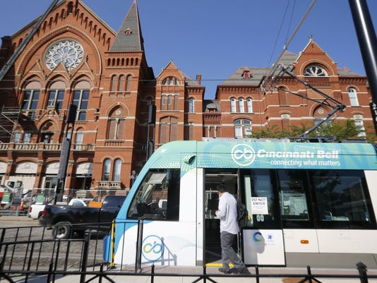 636089480386070012-streetcar9.jpg