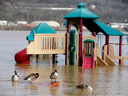 636547334945273731-KyTuesday.flooding4.jpg