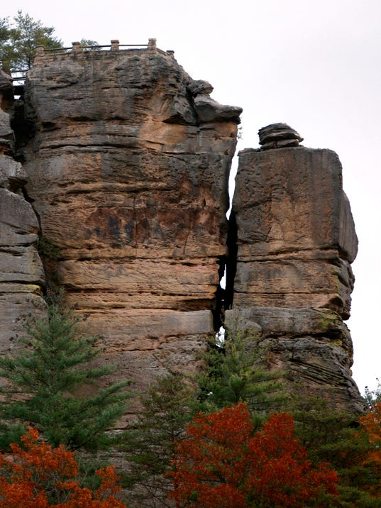 Bear Lair @ Bear Track Lake near Red River Gorge UPDATED ...   Bear Red River Gorge