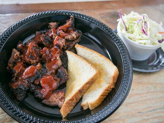Burnt Ends with sauce and Texas Toast at Frasher's