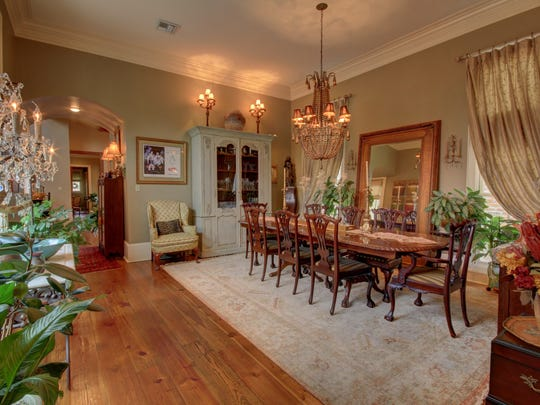 This 4BR, 31/2 BA home in River Ranch has 3,640 sq