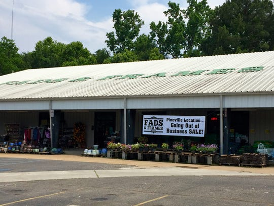 Fads and Frames is closing its Pineville store on Louisiana