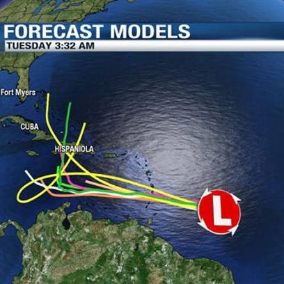 A large tropical wave heading for the Caribbean Sea