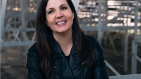 Lori McKenna decided to celebrate her new album, þÄúThe Balladeer,þÄù on CN Records via Thirty Tigers, and its Friday release, with a special free Friday, July 24, 2020 virtual concert (8 p.m.) from Club Passim, with all donations from listeners going to the venue.