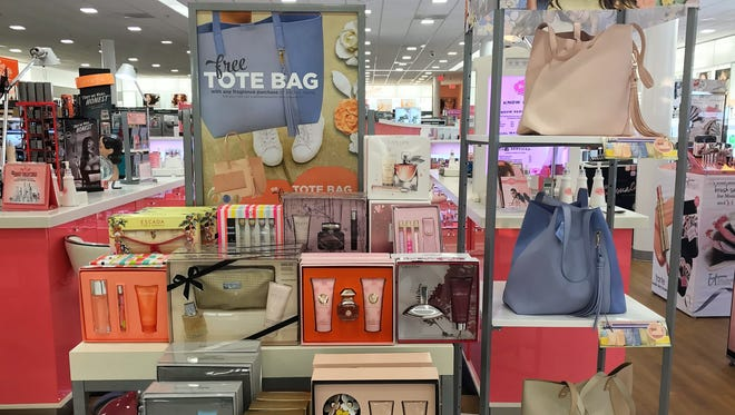 Get a free tote with a $40 fragrance purchase at Ulta Beauty through May 14.