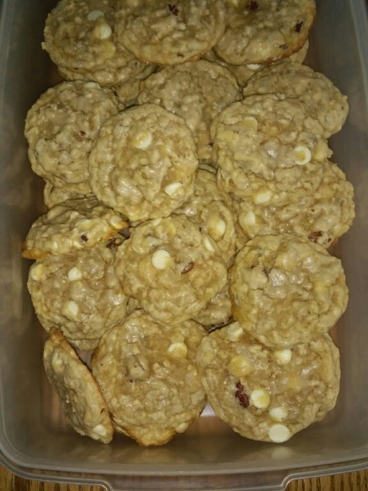 Pecan–White Chocolate Chip Cookies