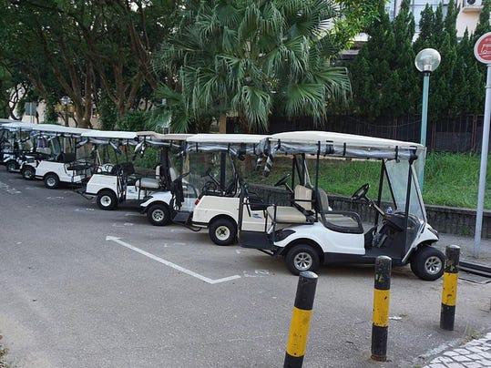 dr19-golfcart-0418n