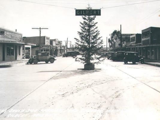 Gilbert Sign and Christmas Tree