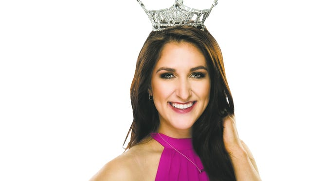 Miss Vermont Erin Connor flew herself to the Miss American pageant in Atlantic City, N.J.