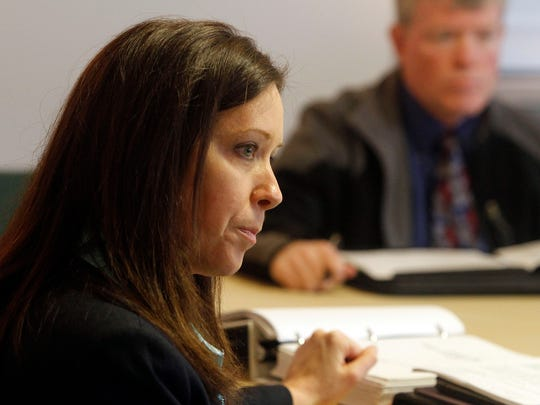 Lisa Van Laanen holds a meetings concerning changing the management of the Oregon State Fair a few years ago, before she became director of the Oregon Parks and Recreation Department.