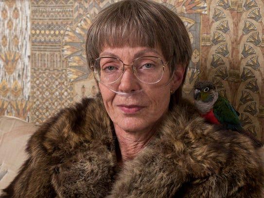 Allison Janney plays Tonya Harding's caustic mom LaVona