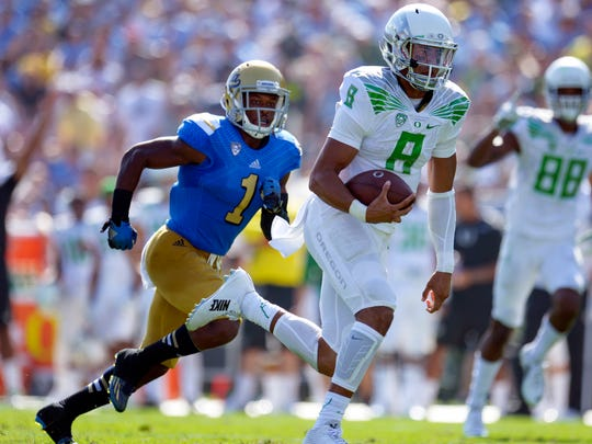 Oregon's Marcus Mariota is on pace for historic marks