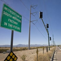 Feds approve controversial $2 billion Loop 202 extension