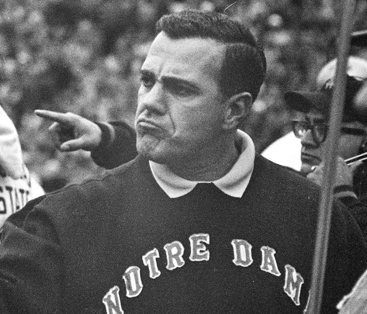 Legendary Notre Dame coach Ara Parseghian is fighting an infection in his hip.
