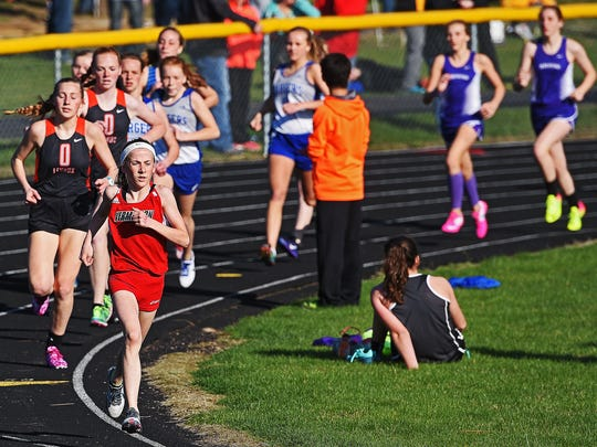 Vermillion's Taryn Whisler runs in the girls 1600-meter
