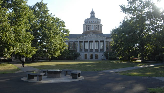 Rush Rhees Library on the University of Rochester campus.