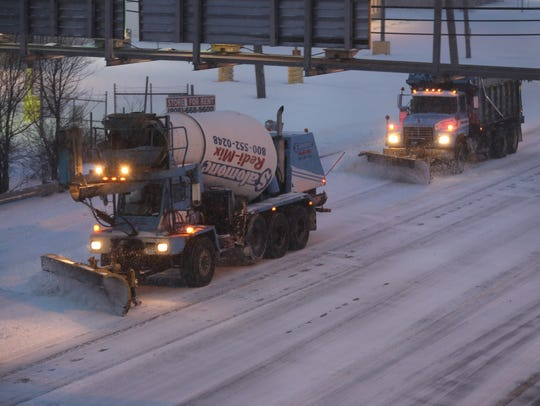 Plows clear snow from Rt 46 eastbound at 7am.
