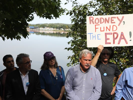 Citizens and environmental lobbiests get together and protest the lack of a response from Congressman Rodney Felinghuysen to naming the area of Pompton Lakes contaminated by the DuPont Company, a Superfund Site.