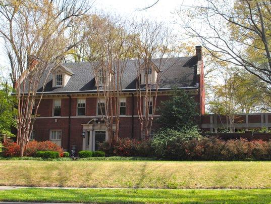 636398121275020961-Memphis-house.jpg