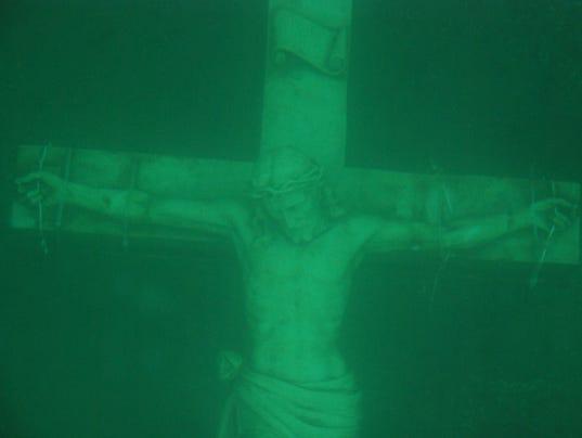 636550672590188163-crucifix-5025.jpg