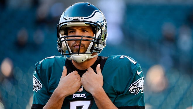 Sam Bradford has reportedly asked the Eagles to trade him and will stay away from the ' offseason workouts.