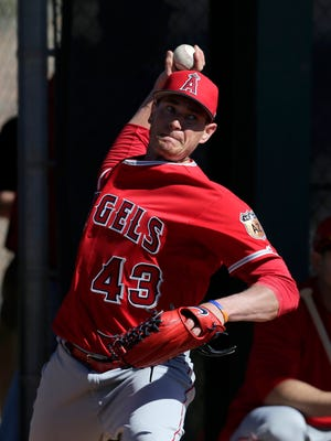 Garrett Richards is aiming to pitch through a ligament tear via stem cell therapy and other recovery methods.