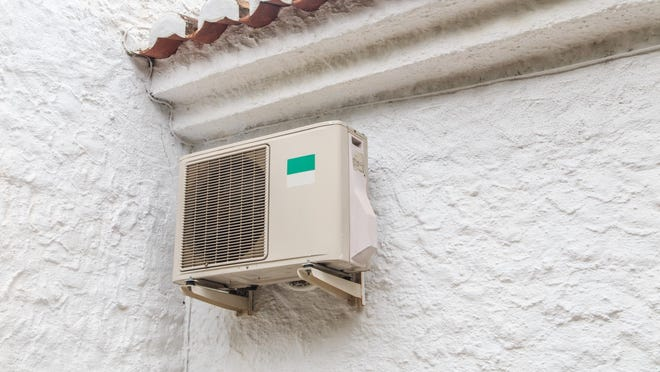 With a pandemic, lost jobs and record heat, Miami's poor can't afford air conditioning.