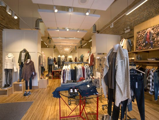 Evereve The Fashion Authority For Moms To Open A Store