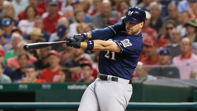 Brewers third baseman Travis Shaw hits a three-run homer in the fourth inning Tuesday night.