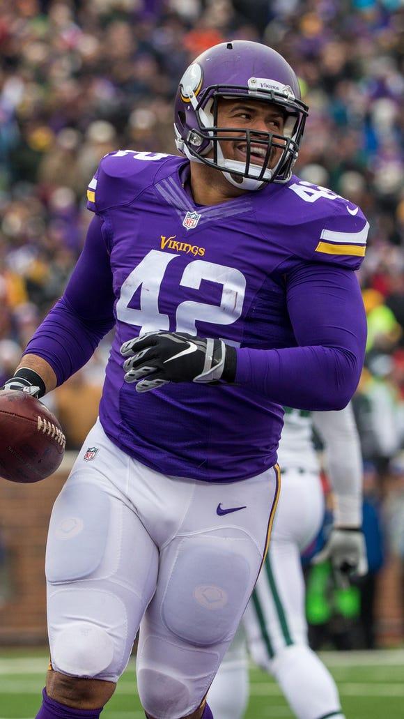Minnesota Vikings fullback Jerome Felton celebrates