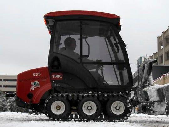 -APC Snow Storm 0427 011414wag.jpg_20140114.jpg