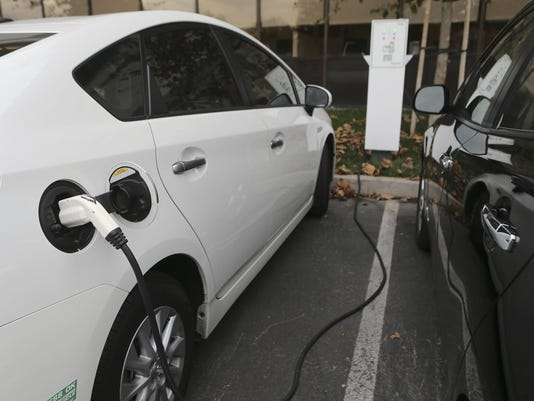 Too many electric cars, not enough workplace chargers
