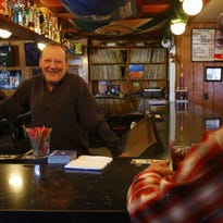 Melvin 'Fuzzy' Mohan was face of small-town beer bars in early '70s