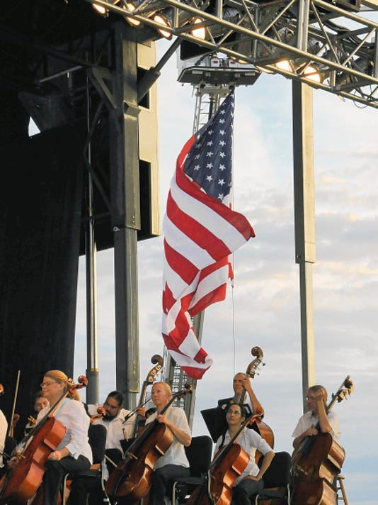 """""""Pop Goes the Fort,""""  the annual holiday concert featuring the El Paso Symphony Orchestra, will take place at 7:30 p.m. Saturday at Biggs Park, 11388 Sergeant Major Blvd., at Fort Bliss. Food vendors will be on site. Gates open at 4 p.m. Admission is free. 532-3776."""