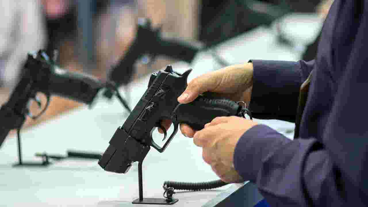Feds Issue 4 000 Orders To Seize Guns After Failed Background Checks