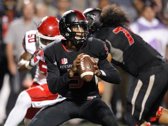 Fresno State Bulldogs quarterback Chason Virgil (5)