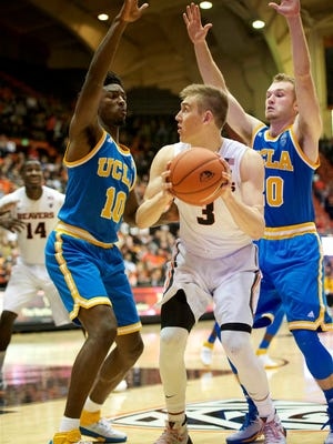 Jan 20, 2016; Corvallis, OR, USA; Oregon State forward Tres Tinkle (3) scored 15 points in his first career start Wednesday against UCLA.