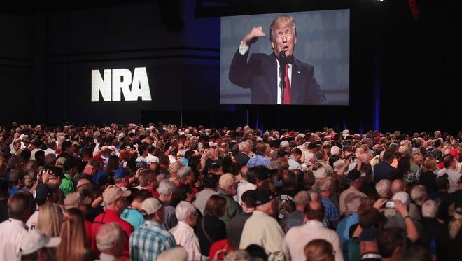 El presidente Trump en una de sus intervenciones en la reunión anual de NRA-ILA's.