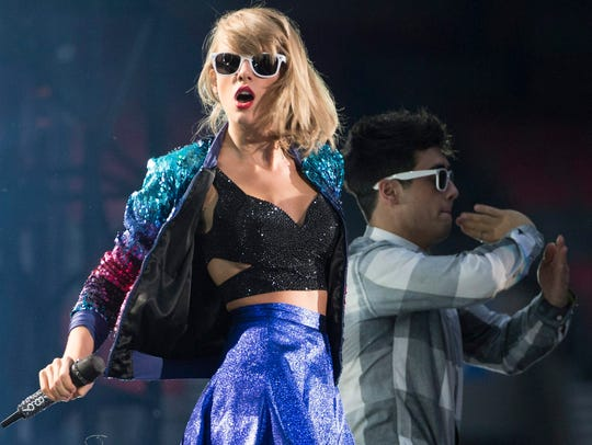 Taylor Swift performs during her 1989 World Tour in