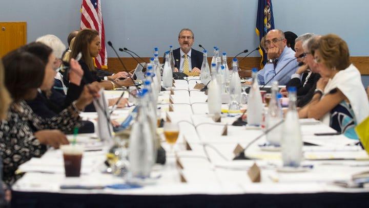 U-M board candidates pledge ethics reforms, more open university oversight