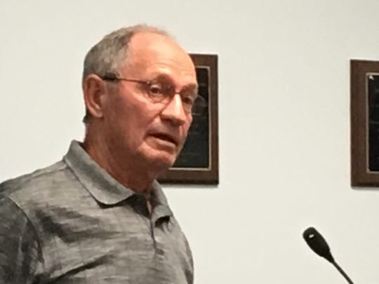 David Smith at plan commission meeting in Muncie