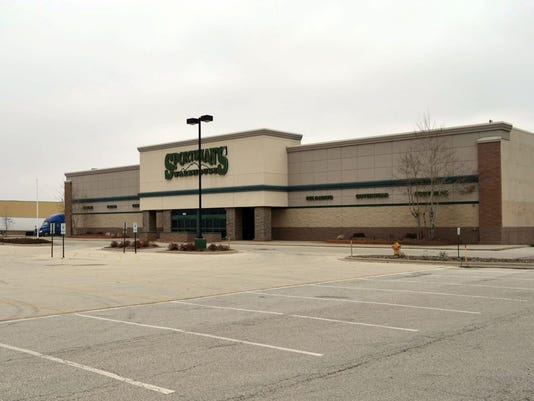 Sportsman-s Warehouse outside photo.jpg