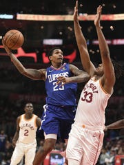 Los Angeles Clippers guard Lou Williams (23) shoots